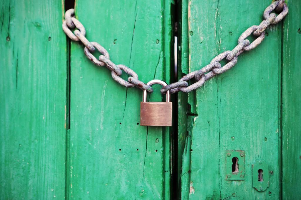 door-green-lock-4291